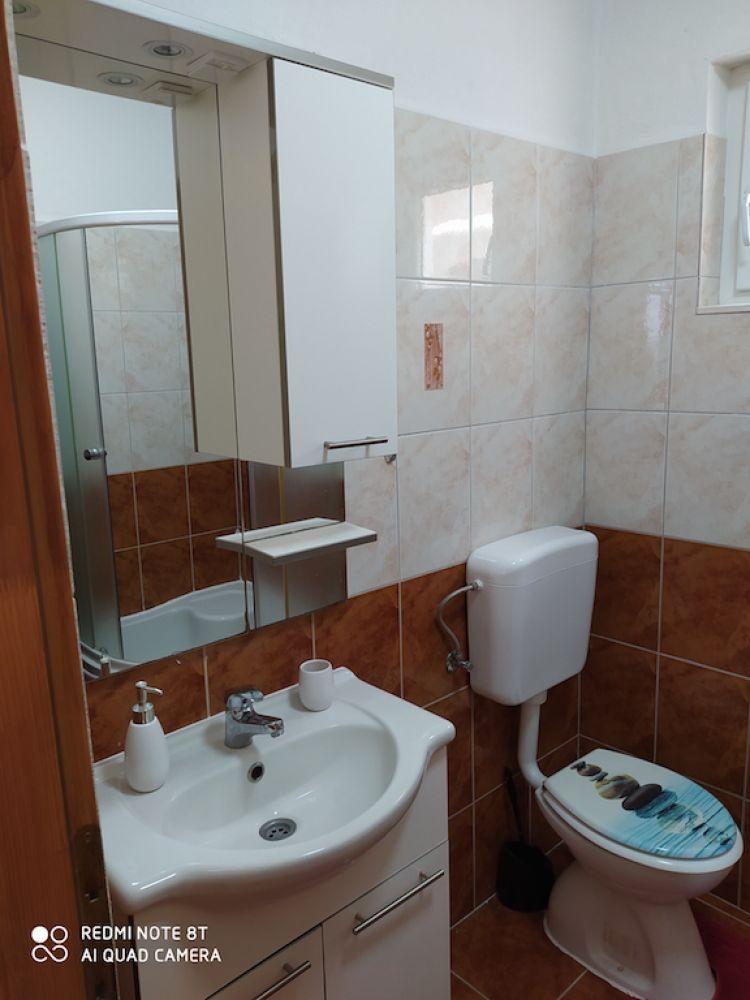 Monthly rental, 3 bedroom house with sea view, region of Trogir, Croatia.