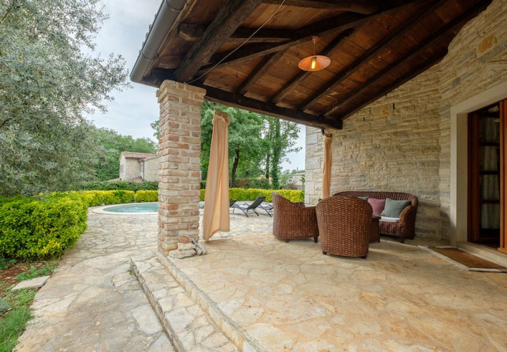 Charming stone villa with pool, Poreč, Istria, Croatia, for sale